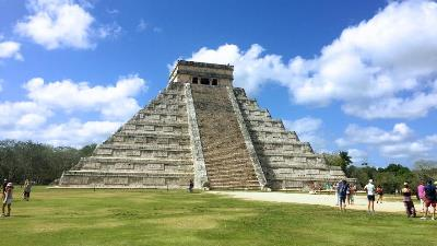 Chichen Itza Airplane Tours from Cozumel
